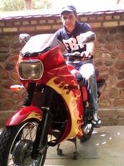 Мотоцикл ЯВА 12вольтова.